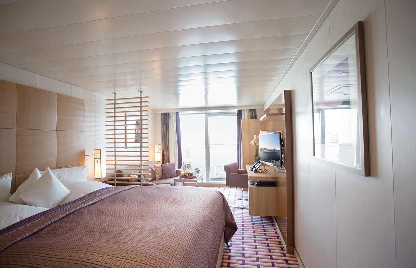 EUROPA 2 - Ocean Suite
