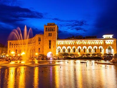 Rundreise Armenien Jerewan Platz der Republik