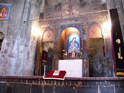 Rundreise Armenien Kirche Innenansicht