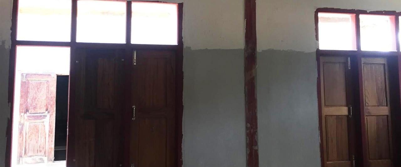 Wände der Amaka Basic Primary School in Myanmar am Inle See