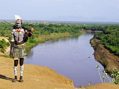 Rundreise Äthiopien Omo Krieger