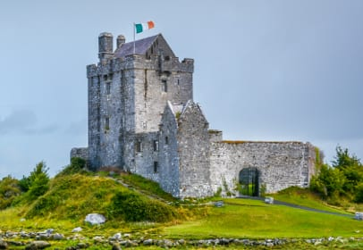 Dunguaire Castle in Galway, Irland