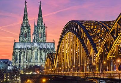 Kölner Dom mit Hohenzollernbrücke, Nordrhein-Westfalen