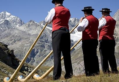 Alphornbläser in der Schweiz