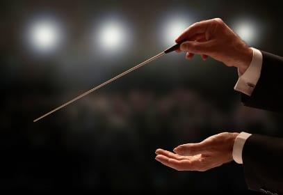 Dirigent eines Orchesters