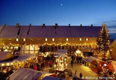 Weihnachtsmarkt mit Adventskalender auf der Festung Königstein, Sachsen