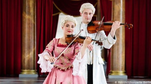 Königliche Schlosskonzerte - Werke von Mozart, Haydn und Salieri in der Orangerie des Schlosses Charlottenburg in BerlinerS_F1_1