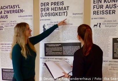 Leseausstellung Märchen im Deutschen Auswandererhaus in Bremerhaven
