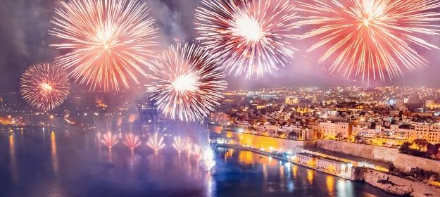 Feuerwerk über Valetta auf Maltadt_teaserM_F1_1