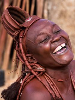 Gruppenreise Namibia Herero Frau