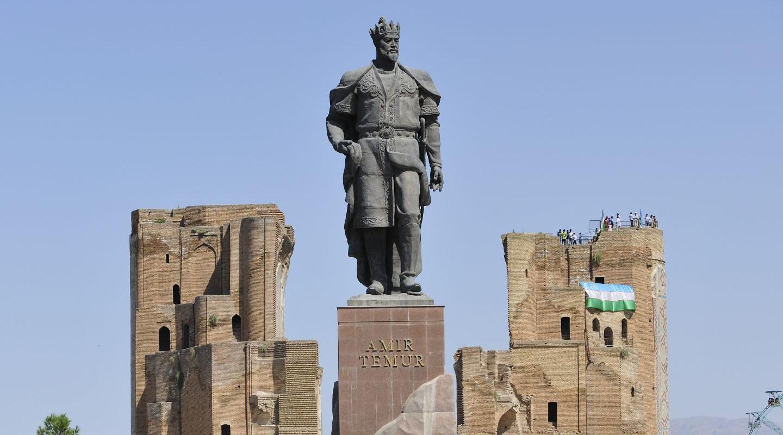 Reisebericht Usbekistan: Statue Timur Lenk